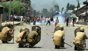 12-kashmir-protest-2