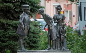 stock-photo-taganrog-russia-june-sculpture-illustrates-a-short-story-fat-and-thin-by-anton-347343851