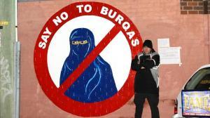 726567-burqa